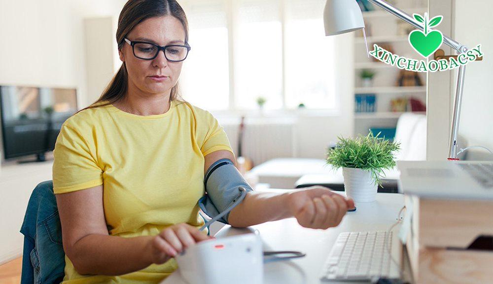 Điều trị huyết áp thấp tại nhà: 3 biện pháp đơn giản không thể bỏ qua!